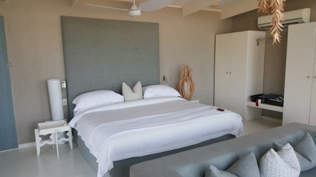 Sumptuous bed at the Pearl Resort