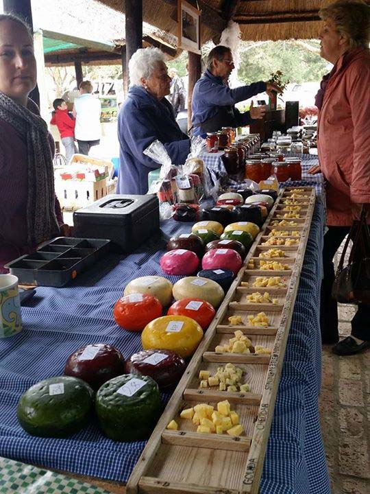 Say cheese! Saturday market at Greyton